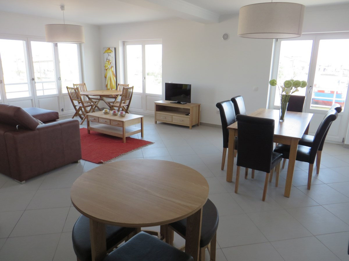 Modern Three Bedroom Apartment On Riverside In The Center Of Tavira With Large Terrace And Spa